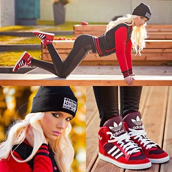 Oksana Orehhova - Hoodboyz College Jacket, Adidas Shoes - JOGGING WITH STYLE