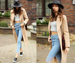 Bea G - Missguided Coat, Missguided Jeans, Missguided Top, Shoes, Bag, Missguided Hat - Infinity