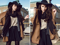 Line Vanille - Guess? Hat, Guess? Bag, H&M Scarf, H&M Coat, Maison Simons Skirt, Garage Top - Big Coat Don't Care