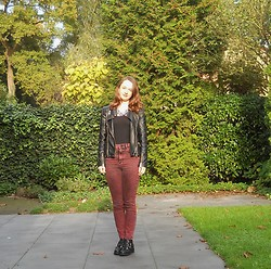 Iris K - House Of Lou Statement Necklace, C&A Basic Top, Famous Biker Jacket, Monki High Waisted Jeans, Van Haren Black Boots - Statement necklace