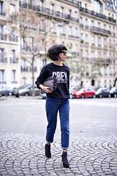 Leeloo P - Obey Clothing, Asos Jean, Clutch Minelli - Parisian Streetstyle