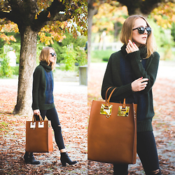 TIPHAINE MARIE - Sweater, Jeans, Bag, Sunnies - The Plaid Sweater.