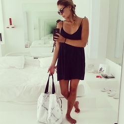 Alice Smith -  - The monochrome playsuit