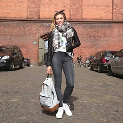 Alice Smith -  - Copenhagen casual
