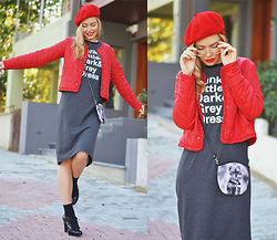 Kseniya Celikdelen - Street Box Dress, Lookat Shoes - RED RETRO