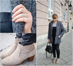 Mary Kate K. - Mango Rings, Stradivarius Waxed Dungarees, Dolce Vita Booties - Ladytron - Ghosts