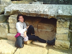 PanDóra Máté - Tally Weil Pants, River Island Leather Bag, Leather Boots, H&M Scarf - Turkey - Day 1. - Hierapolis