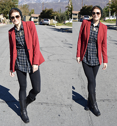 Bethany R. - American Apparel Leggings, The Frye Company Harness Boot - Little Red Blazer