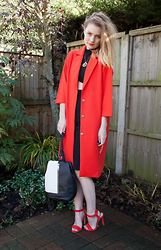 Laura Potter - Fashion Union Jacket, Lipsy Shoes, Missguided Dress, Azuni London Necklace, Primark Bag - BRIGHTS