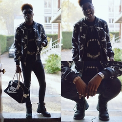 Marc-Henri Ngandu - Boy London Bomber Reversible, River Island Dog, Nike Fourre Tout, Casio Calculator, Weinbrenner Black Boots - Leave the boy alone.