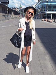 Nathalie R - H&M Jacket, Bikbok Bag, Nike Shoes, Monki Hat - COPENHAGEN / SUMMERTIME