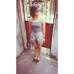 Dasha Vila - Topshop Loofer, Forever 21 Sleeveless, H&M Classy Shorts - Kisses of grey