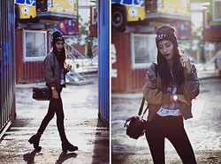 Sofia Reis - Obey Beanie, Sheinside Bomber, Parfois Watch, Obey Tshirt, G Start Jeans, Missguided Boots - FACTORY