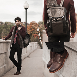 Bobby Raffin - Coach Sport Backpack In Olive Leather, Coach Alexander Monkstrap Double Buckled Dress Shoe - COACH FROM ABOVE