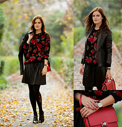 Viktoriya Sener - Chiarafashion Sweater, Koton Leather Look Skirt, Trendylegs Tights, Braska Brogues, Mango Leather Jacket, Daniel Wellington Watches, Zara Bag - ROSES