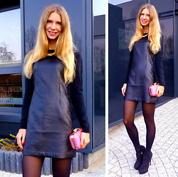 Ania Zarzycka - Dress - A smile is a curve that sets everything straight!