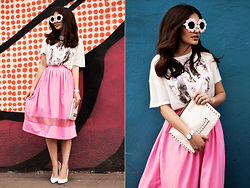 Katu Mikheicheva - The Katherine's Shop Pink Romantic Skirt, Befree Printed T Shirt, Mango White Leather Clutch, The Katherine's Shop Hand Made Sunglasses, Love Republic White Pumps - Russian Brand look