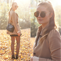 Izabella Kvist - Persun Sunnies, Zara Camel Coat, Vintage Bag - Beautiful autumn