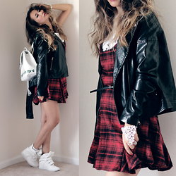 Queen Horsfall - Romwe, Oasap, Kristin Perry, Forever 21 - Plaid in Fall Season