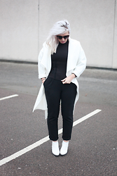 Shannen Smith - Alexander Wang X Hm, H&M White Coat, Missguided White Boots, Accessorize Cat Eye's - Mono, all day errrryday