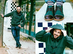 Jeffrey Herrero - Mr Moustache Boots, Clk Polo Coat - GREEN REFLECTION