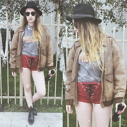 Sally S - Vintage Harley Davidson Shirt, Bad Vibes Lace Up Shorts, Vintage Flight Leather Jacket, Zerouv Clubmasters, Ebay Wide Brim Hat - Acidic