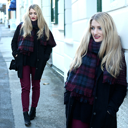 Charlotte C - Topshop Tartan Scarf, Topshop Jumper, Topshop Trousers, Asos Boots, Topshop Black Coat, Chanel Bag - Plum in the Sun
