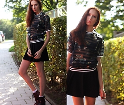 Ola Ci - Frontrowshop Mesh Shirt, Dr. Martens Doc Lookalikes Boots - Factory Girl
