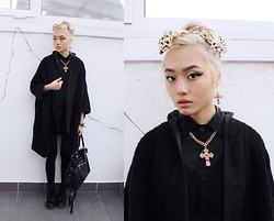 Kicki Yang Zhang - Asos Coat, Forever 21 Fake Leather Bag, Dr. Martens Boots, H&M Jewelry, H&M Leggings - Hell Cat