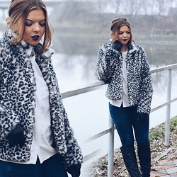 Mădălina Vanills - H&M Coat, Zara Leather Boots, Nyx Lipstick - LEOPARD JAKET & BLACK LEATHER