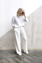 Lian G. - Acne Studios Jumper, Frontrowshop Trousers, Michael Kors Sneakers - All white