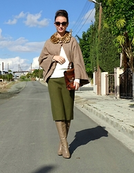 Melina Vou - Melina Vou Cape, Melina Vou Pencil Skirt, Vintage Bag - A Leopard Can't Change Its Spots