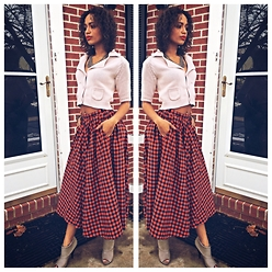 RAY RAY - Shae Crop Sweater, Kenzo Full Skirt, Mossimo Ankle Booties - Vintage Holidays //