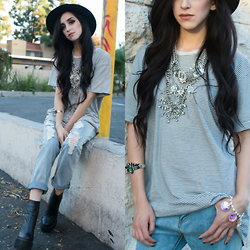 Linabugz . - Missguided Alaga Fedora, Tobi Hampton Jeans, Jeffrey Campbell Mulder, Vant Jag Aurora Borealis Crystal Crown Cuff, Vant Jag Doll House Bracelet, Xevana Parisian Stacklace - She's Got A Boyfriend Anyway