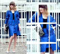 EWELYN D. - Simple Cp Jacket, Simple Cp Skirt - Electric & Blue metallic suit