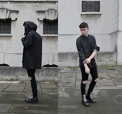 Joel Mcloughlin - Cheap Monday Collin Shirt, Dr. Martens Grasp, Represent Rubber Hoodie - WHITE DIRT