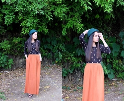 Zaira Chan - What A Girl Wants Bowler Hat, H&M Maxi Skirt W/ Pocket, Extreme Finds Two Point Crystal Necklace - Dark Elegance