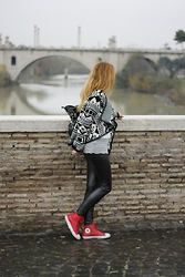 Le Balzi . - Freddy Pants, Converse Shoes, Pinko Bag - Soglamourstyle