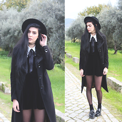 CLAUDIA Holynights - Dr. Martens Adrien Shoes - To die by your side the pleasure and the privilege is mine