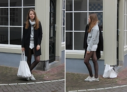 Nora Lauff - Cos Coat, New Look Turtleneck Sweater, Nike Shoes, Bershka Bag, H&M Skort - Grey Monochrome