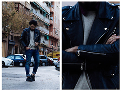 Charlie Cole - Gabriel Seguí Leather Biker, Vintage Sweater, Pull & Bear Jeans - LIGHTS GOES OUT