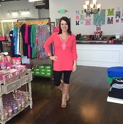 Mica Perry - Lilly Pulitzer Coral Tuniv - Lilly & Boots