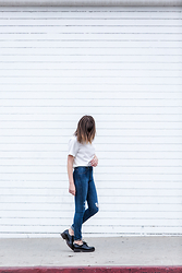 Rima Vaidila - Oskar The Label Chiffon Top, Dstld Premium Denim High Rise Skinnies, Topshop Rubber Soled Oxfords - Milky