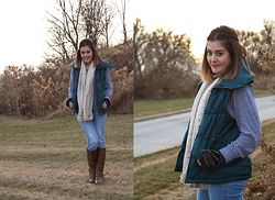 Amanda Warda - Laura Scott Vest, Guess? Jeans, Steve Madden Sm Boots - Dress Your Best in a Polar Vortex