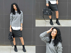 Savina Dos -  - Grey Knit