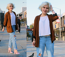 Allison K - Alexander Wang White Tee, Zara Blazer - Missing the Sun