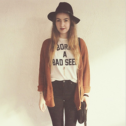 Sally S - Born A Bad Seed Tee, Forever 21 Waffle Knit Sweater, Bdg High Waisted Jeans, Brandy Melville Usa Fringe Suede Bag - Rusty