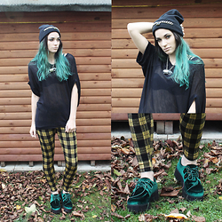 Amber Dennett - In Love With Fashion Bat Wing Top, River Island Yellow Check Leggings, Asos Green Velvet Creepers - Yes Yellow