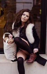 Georgina Walker - Thifted In Rome Faux Fur, Usc Coat, H&M High Knee Socks, Usc Boots, Sezane Tote Bag - Convent Garden