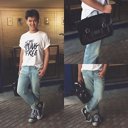 Axel Lewi - Penshoppe Jeans, Manikan Satchel, Converse Sneakers - The Boyfriend Who Wears A Boyfriend